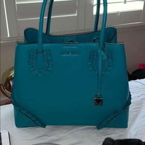 Used Michael kors purse 👜